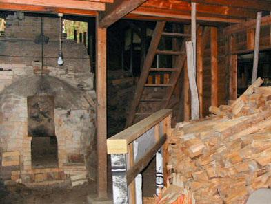 登り窯(小屋内部)